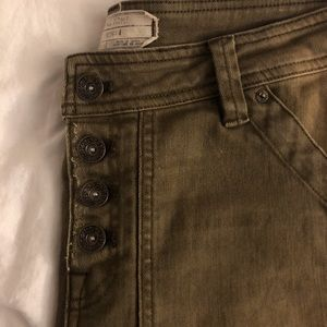 Free People size 4 Washed Jean